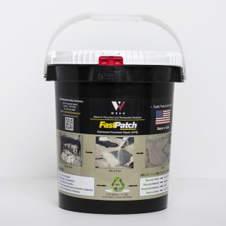 FASTPATCH DPR Rapid Concrete Repair 5-Gal Kit 1